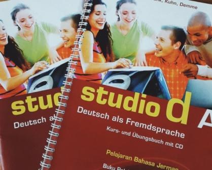 buku bahasa Jerman A1