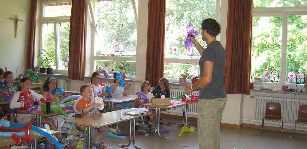 materi belajar bahasa Jerman A1